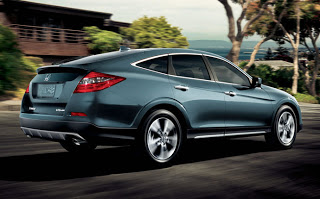2015-honda-crosstour-exterior-feature-side1
